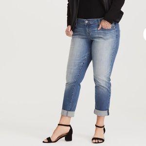 Torrid Light Wash Denim Boyfriend Jeans Size 18
